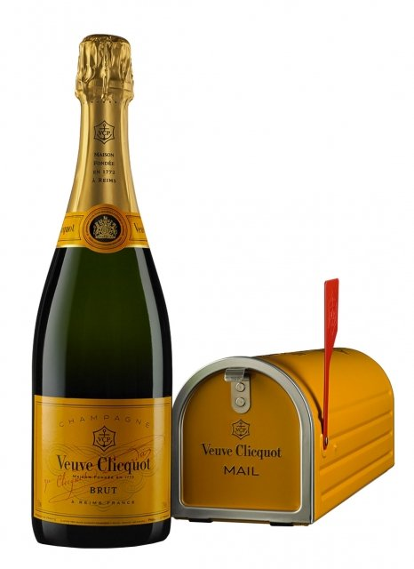 Veuve Clicquot Mail Box Non vintage Bottle 75cl Presentation pack