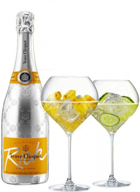 Veuve Clicquot Coffret Rich Non millésimé Bouteille 75CL bouteille + flûtes