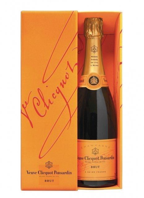 champagne veuve clicquot carte jaune bouteille 75cl plus de bulles. Black Bedroom Furniture Sets. Home Design Ideas